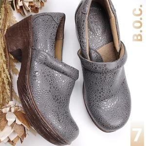 B.o.C. Born Gray Bronze Pebble  Mule Clogs 7m